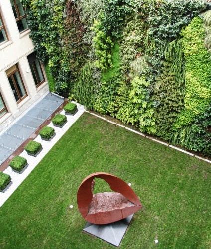 Giardini verticali progettazione giardini soluzioni di qualit per il tuo giardino for Giardini verticali milano