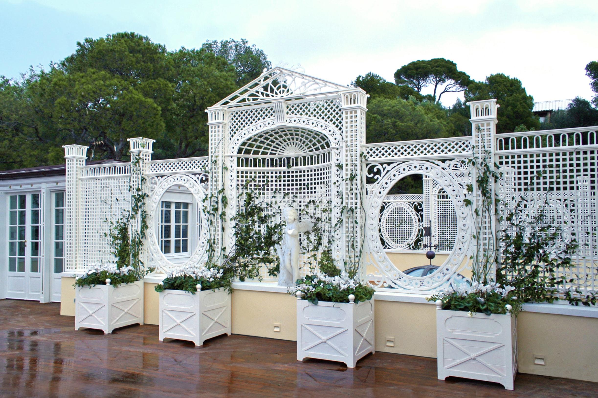 Allestimenti e arredi progettazione giardini soluzioni for Arredi d autore