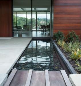 progettare specchi d'acqua nei giardini - Come Progettare Un Giardino Rettangolare