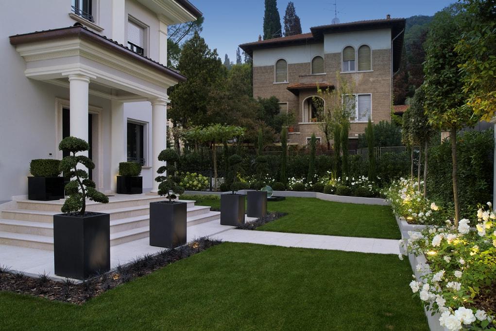 Progettazione giardini giardino moderno decorare la tua casa for Giardini moderni design